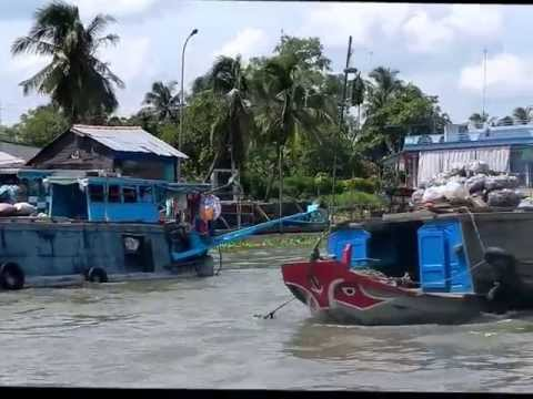 Mekong Delta Cai Be Floating Market