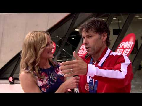 John Bishop vs Sebastian Coe in Clash of the Titans: trophy presentation | Sport Relief 2014
