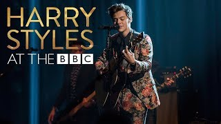 Video Harry Styles - Sign Of The Times (At The BBC) MP3, 3GP, MP4, WEBM, AVI, FLV November 2017