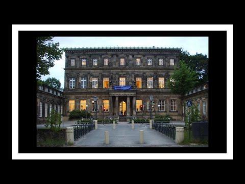 Обзор античного здания в германии 01 (Detmold)