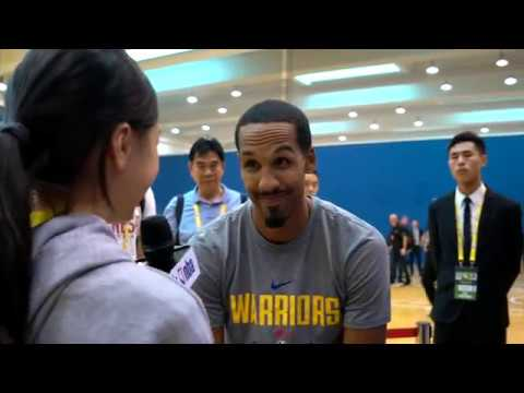 KID REPORTERS WITH SHAUN LIVINGSTON