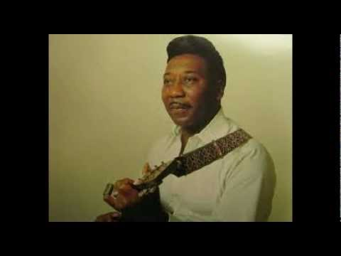 Muddy Waters - Mannish Boy (I'm a Man) lyrics