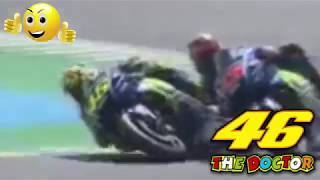 Battle of the day at Le Mans Valentino Rossi vs Maverick Vinales - French GP 2017Moment Valentino rossi crash in le mans moto GP French 2017