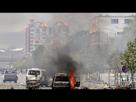 Αφγανιστάν: Στο στόχαστρο των Ταλιμπάν το κοινοβούλιο στην Καμπούλ
