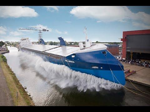 Nézd meg Te is, hogy hogyan bocsátják vízre a hajókat!
