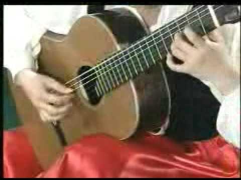 Girl chơi Guitar hay - Yhaiphong.net.flv