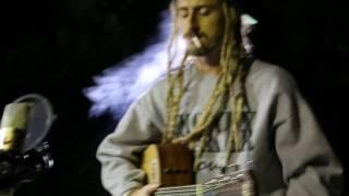 Download Lagu Ari Acustico - Beija Flor (Natiruts e Cacife Clandestino) Mp3