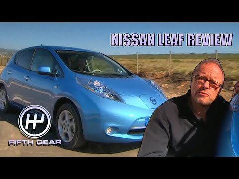 Fully Charged's Robert Llewellyn's original Nissan Leaf Review | Fifth Gear Classic