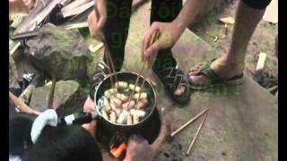 THCS TPBT Về Nguồn Tây Ninh 2012 (p.3-Món ăn Ngày Tết).wmv