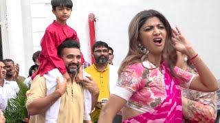Video Shilpa Shetty Ganpati Visarjan 2018 Full Video MP3, 3GP, MP4, WEBM, AVI, FLV Oktober 2018