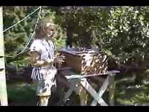 beekeeping with the Kenya Top Bar Hive 2–smoking the hive