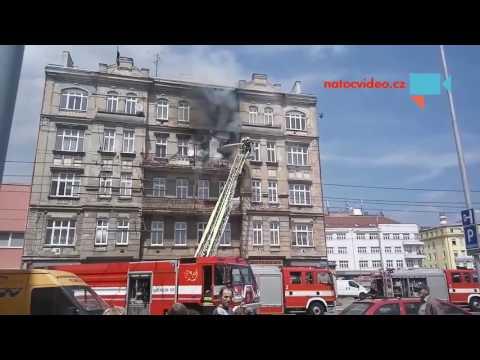 Požár domu v Brně - zásah hasičských záchranných sborů