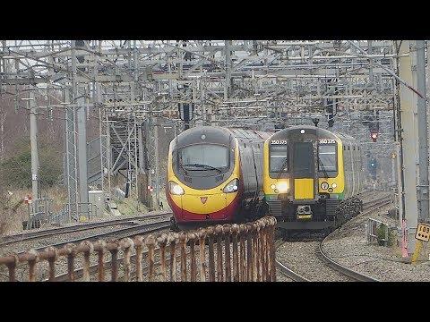Virgin Trains 'Pendolino' & London Northwestern Class 350 at Tamworth (28/3/18)