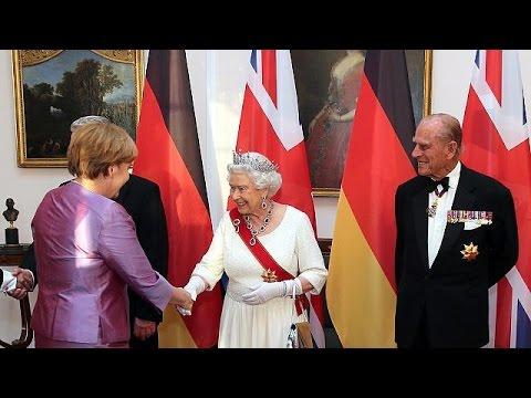 Γερμανία: …Όταν η βασίλισσα Ελισάβετ συνάντησε την Άνγκελα Μέρκελ
