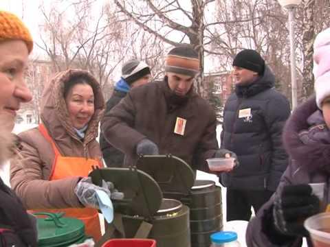 Самарские волонтеры кормят желающих бесплатными обедами