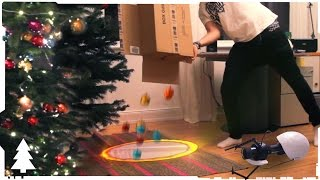 In this short christmas special, we show you how to decorate a christmas tree in no time! Super easy, super fun! NOW you are thinking with portals!Please subscribe! Become a Faceook Fan:https://www.facebook.com/PhysicallyShaken
