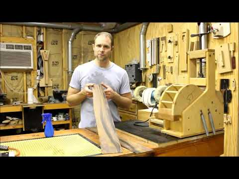 Bending the sides of an acoustic guitar