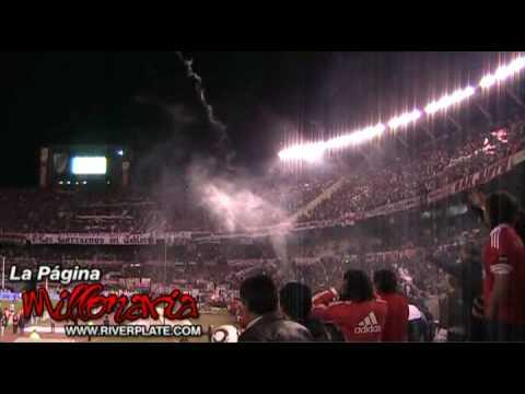 """Video - """"Ole ole ole jugando bien o jugando mal"""" - River Plate - Los Borrachos del Tablón - River Plate - Argentina"""