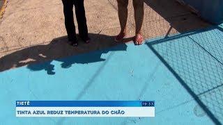 Ruas são pintadas de azul para amenizar o calor em Tietê
