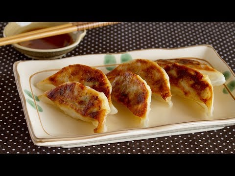 How to Make Fried Dumplings – Yaki Gyoza – Japanese Style