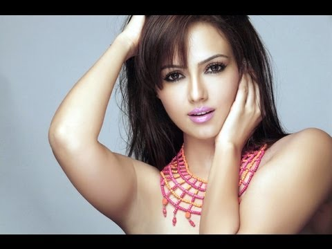 Sana Khan Latest Rare & Unseen Poses