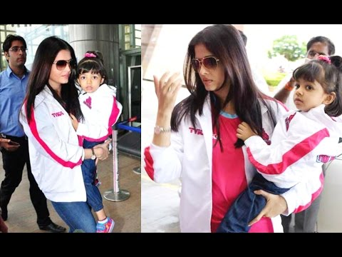 Aishwarya Rai With Aaradhya At Jaipur Pink Panther