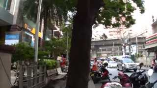 Can you Walk? - Go To Terminal 21 Bangkok City 2013