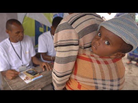 Υποσιτισμένα παιδιά στη νότια Μαδαγασκάρη