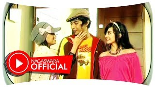 Video T2 - Lelaki Cadangan (Official Music Video NAGASWARA) #music MP3, 3GP, MP4, WEBM, AVI, FLV Juli 2018