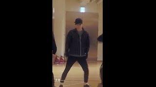 Download Video 엑소 'Electric Kiss' Dance Practice CHEN FOCUS (일렉트릭 키스 첸 포커스) MP3 3GP MP4