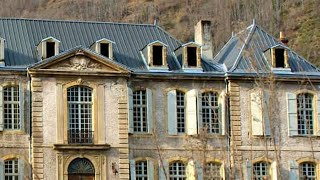Video A Couple Were Renovating This Beautiful Chateau When They Uncovered Some Astonishing Treasures MP3, 3GP, MP4, WEBM, AVI, FLV September 2019