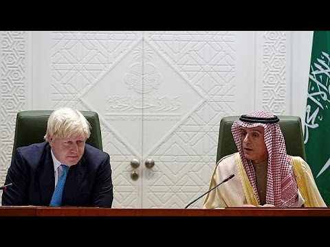 Στο Ριάντ ο Μπόρις Τζόνσον μετά τα επικριτικά του σχόλια για την Σαουδική Αραβία