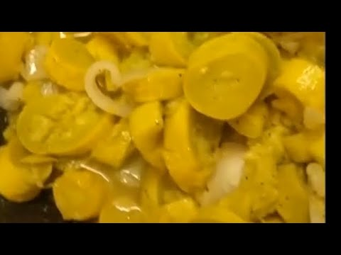 Steamed Yellow Squash