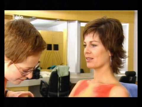 Geena Lisa Peeters naakt omroepstoel kom op tegen kanker bodypaint