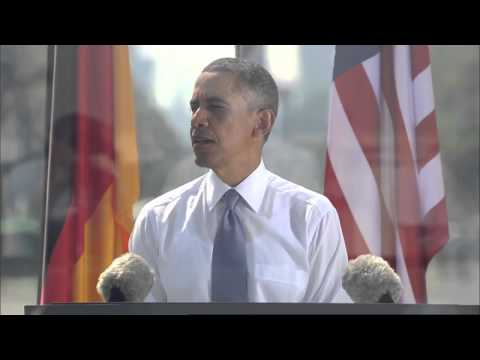 obama jobs - US President Barack Obama delivers a speech at the Brandenburg Gate in Berlin, in which he calls for countries to continue making history and search for a pe...