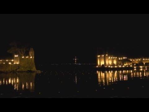 Το λιμάνι της Ναυπάκτου φλέγεται. Το κατανυκτικό έθιμο της Μεγάλης Παρασκευής
