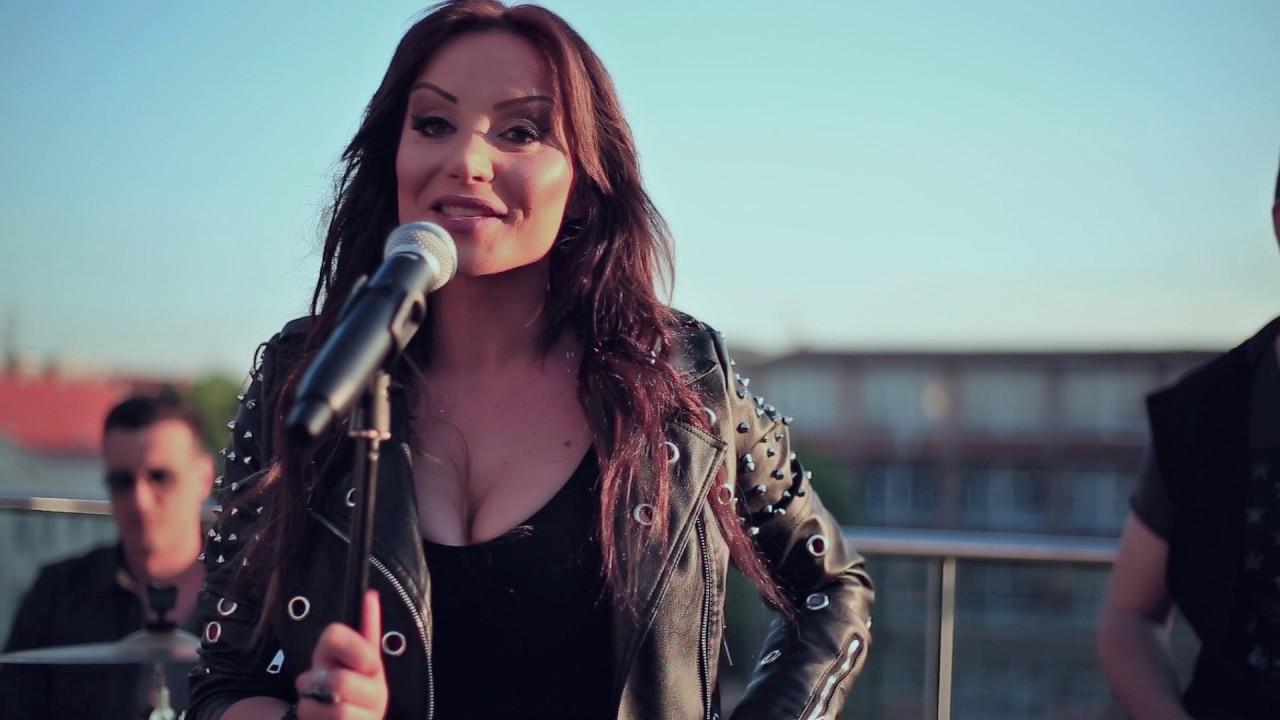 Sačekuša – Jelena Vučković – nova pesma