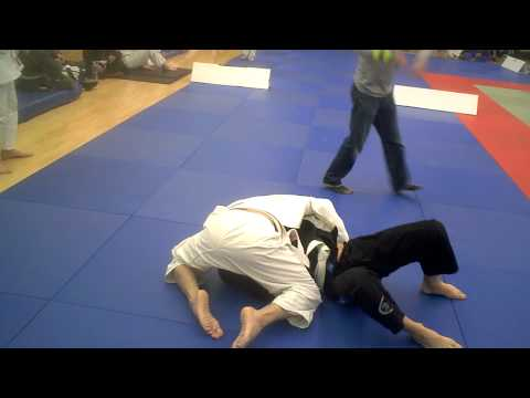 Lee Woodward 1st Fight BJJ English Open 2010 (видео)
