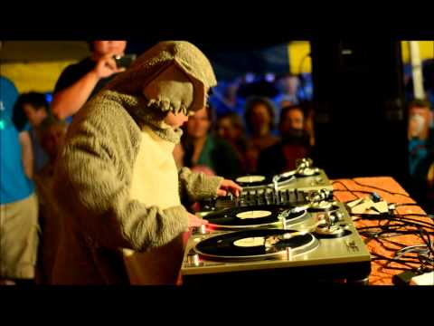 Kid Koala performs Moon River