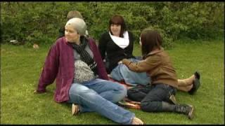 Disgyblion Rhydywaun a'u harweinydd Menter Iaith gwych yn datblygu ffilm 'Cymraeg Mamgu' Rhydywaun pupils and their Menter Iaith leader developing the ...