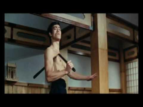 brisli - 2ème film de Bruce Lee Sorti à Hong Kong le 22 mars 1972 sous le nom de