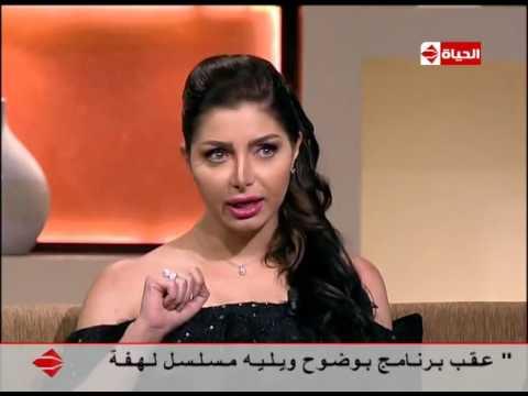 """شاهد- كيف تعاملت كلوديا مع اللهجة المصرية في """"أزمة نسب"""""""