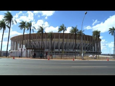brsil - Le stade Man Garrincha de Brasilia - qui accueillera dans un mois le match d'ouverture de la Coupe des confdrations - a t inaugur par la prsidente du ...