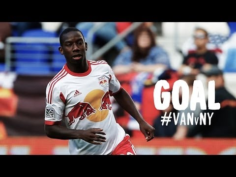 Video: GOAL: David Ousted helps Bradley Wright-Phillips get one back for New York