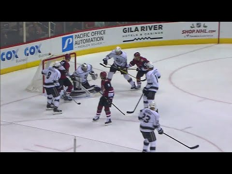 Video: Coyotes' Ekman-Larsson drills shot past Kuemper