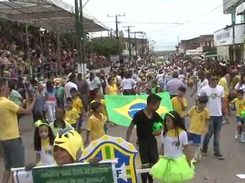 Camaçarienses participam do Desfile Cívico na Gleba E