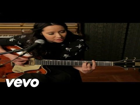 Nerina Pallot - Turn Me On Again (Acoustic Version)