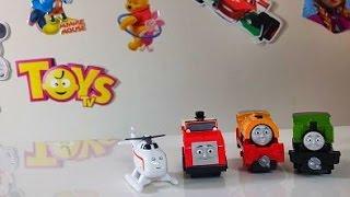 ToysTV Kanalımda yeni YouTube videom – Thomas ve Arkadaşları! YENİ Trenlerim Bill ve Luke, Helikopter Harold ve Winston Oyuncakları!https://www.youtube.com/watch?v=KJz8yQXxqqohttps://www.youtube.com/watch?v=I1NlK_FU1nchttps://www.youtube.com/watch?v=-hL_P3dkUeAhttps://www.youtube.com/watch?v=w7ZP0SrJJVkhttps://www.youtube.com/watch?v=04Lr20sC96Qhttps://www.youtube.com/watch?v=rnZ7fUf-8fEhttps://www.youtube.com/watch?v=0-7CAOVKdxMBu videomda Thomas ve Arkadaşları kanalıma misafir oluyorlar. Tren Thomas çok çalışkan yardımsever bir tren. Bazen başını tatlı belalara soksa da Sodor Adasından müthiş bir iş çıkarıyor. Thomas'ın tren arkadaşları ile oluşturabileceğiniz muhteşem bir koleksiyon var. Bu videomda Collectible Railway koleksiyonundan tren Luke ve Bill'i, ayrıca Helikopter Harold ve Winston'ı açıyorum!Maviş ile raylar üzerinde çufçuflamaya ne dersiniz?Thomas ve Arkadaşları Collectible Railways serisi genişletilebilir oyun setleri ve tren sistemi sunuyor.Neden Collectible Railway'i seçmeliyim?Karakter trenler, oyun setleri ve aksesuarlarla bitmeyen bir oyun eğlencesi için kendi Collectible Railway dünyanızı yaratın.Thomas ve Arkadaşları çizgi filminin sevilen karakterleri temel alınarak tasarlanmış küçük ve sağlam metal trenlerden oluşan bir tren serisi.Bağlantı kancaları çocuğunuzun sevdiği trenleri koleksiyonuna eklemesi ve onları birbirine bağlamasını kolaylaştırıyor.Oyun setleri birçok heyecan verici ve interaktif özellik sunuyor.Collectible Railway çocuğunuzun gelişimine nasıl katkıda bulunur?Collectible Railway çocuğunuzun birçok açıdan gelişmesine yardımcı olur:Fiziksel gelişim: Çocuğunuz trenleri birleştirirken, genişletilebilen oyun dünyasını inşa ederken ve interaktif özellikleri etkinleştirirken el becerisi gibi ince motor becerilerini geliştirir.Duygusal gelişim: Çocuğunuz setleri birleştirip kendi oyun dünyasını yaratırken elde ettiği başarılarla gurur duymaya başlar.Yaratıcılığın gelişimi: Çocuğunuz yanında Thomas'la heyecan verici yeni maceralar hay