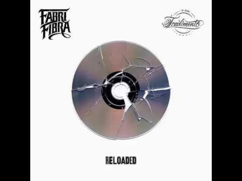, title : 'Fabri Fibra - Rap in Guerra (feat. Jake La Furia) - Tradimento 10 Anni Reloaded (2016) w/ Lyrics'