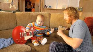 Can babies really play the guitar? Check out the following video and see for yourself! For more on this game, check out:...